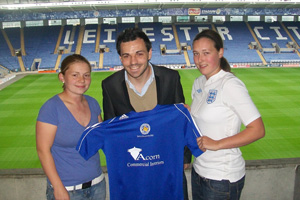 Leicester City Ladies first team manager Matt Cook with new signings Aimee Cattle and Sarah Burfourd